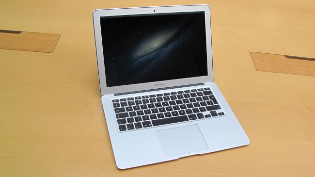 MacBook Air 13 inch 12-650-80