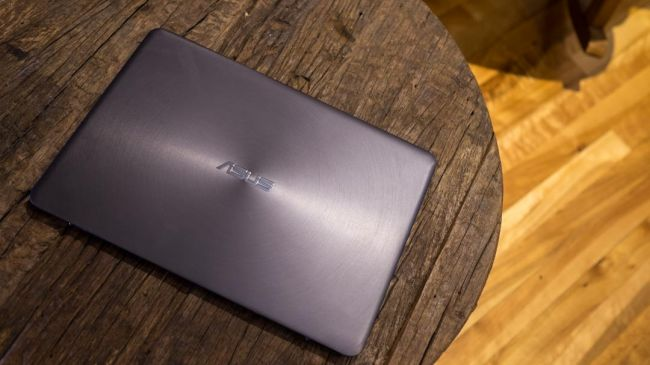 Asus ZenBook UX305-4-650-80