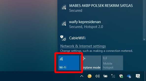 menyalakan wifi dari windows tray