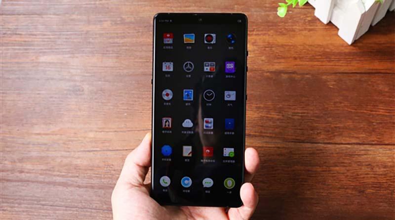 Smartisan R1 - smartphone dengan memori internal terbesar