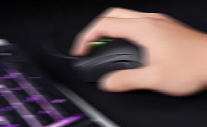 menggerakkan mouse secara cepat