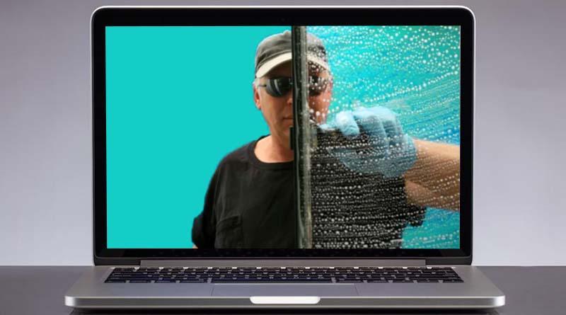 Cara membersihkan layar laptop