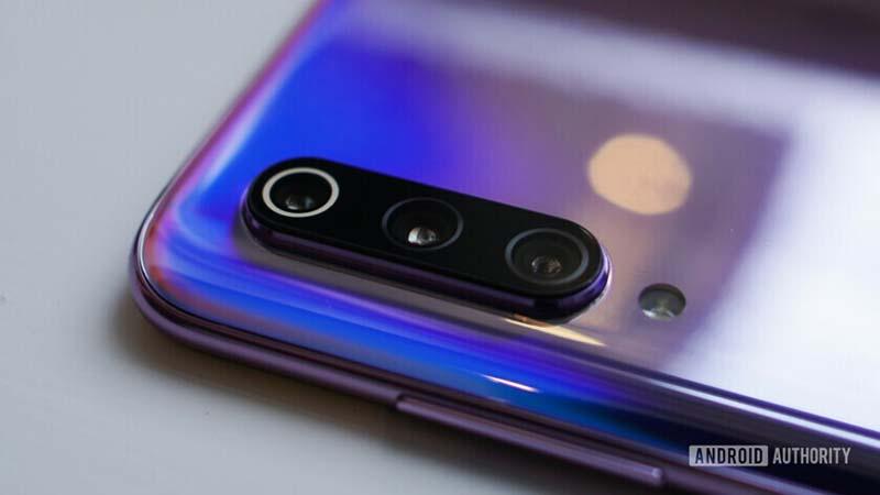 Xiaomi Mi 9 triple camera
