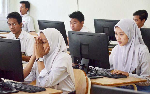 komputer di sekolah