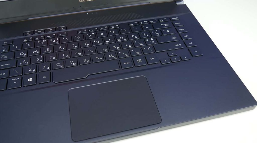 Asus Proart Studiobook 15 keyboard touchpad
