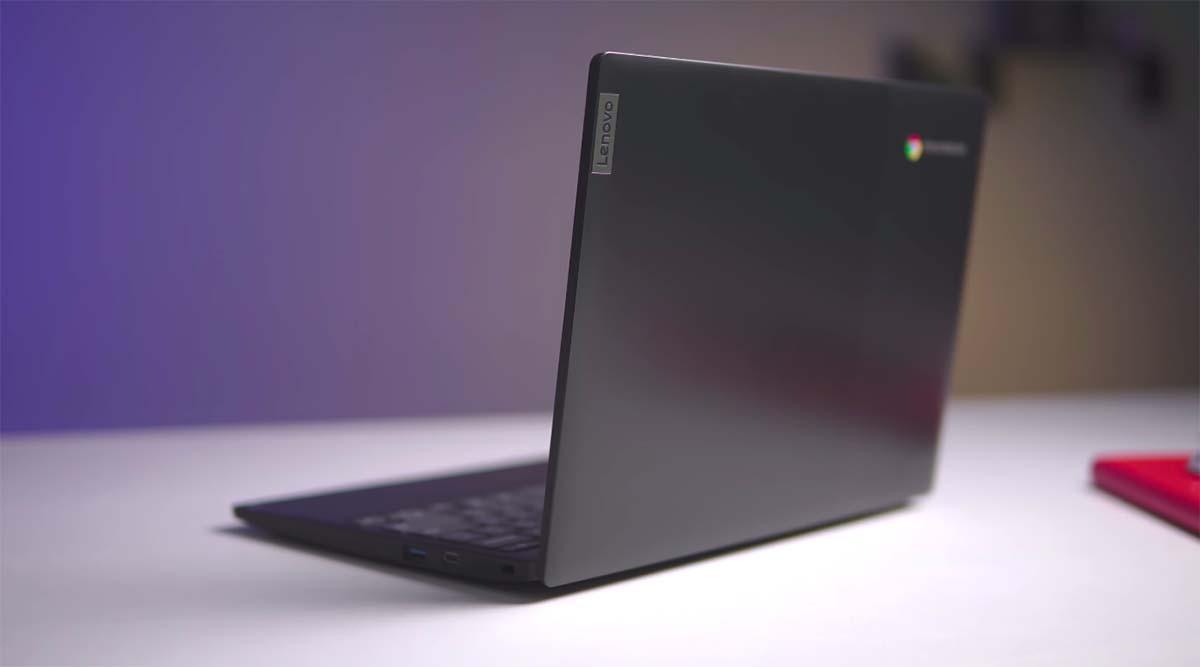 Lenovo Chromebook 3 (11-Inch) belakang miring