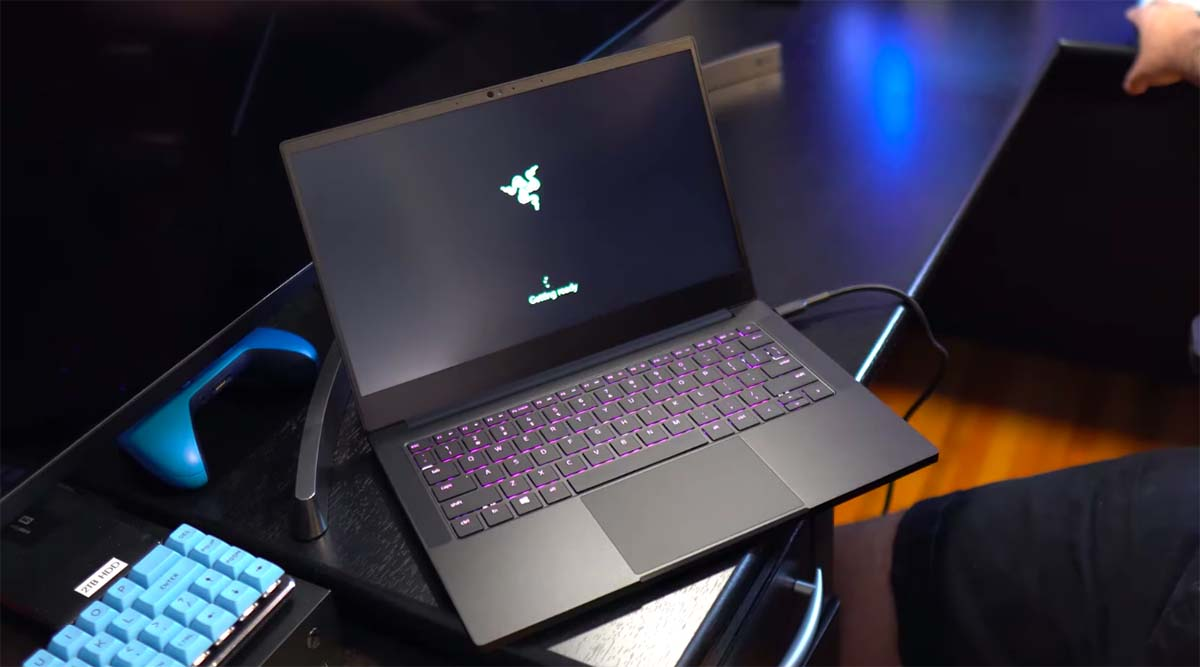 razer blade stealth 13 2020 boot up