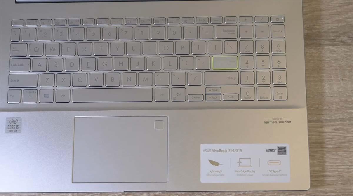 ASUS Vivobook S15 (S533) belakang