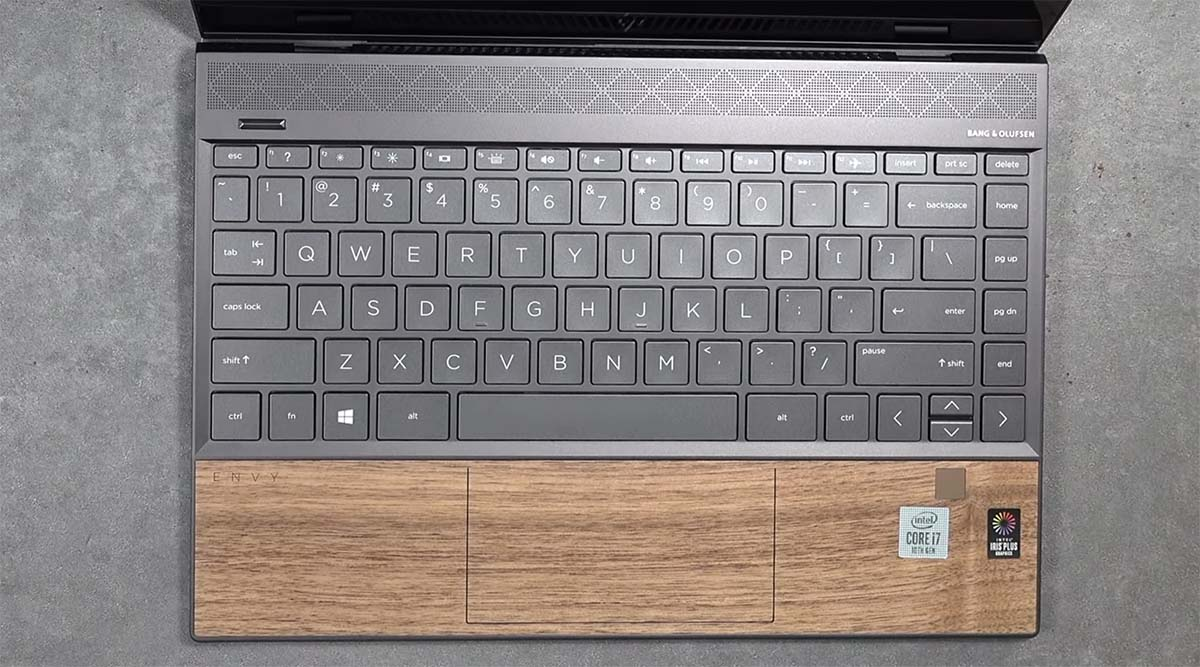HP Envy 13 (Wood Edition) keyboard touchpad