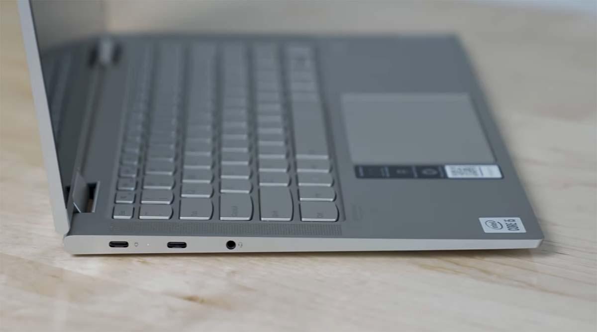 Lenovo Yoga C740 port kiri