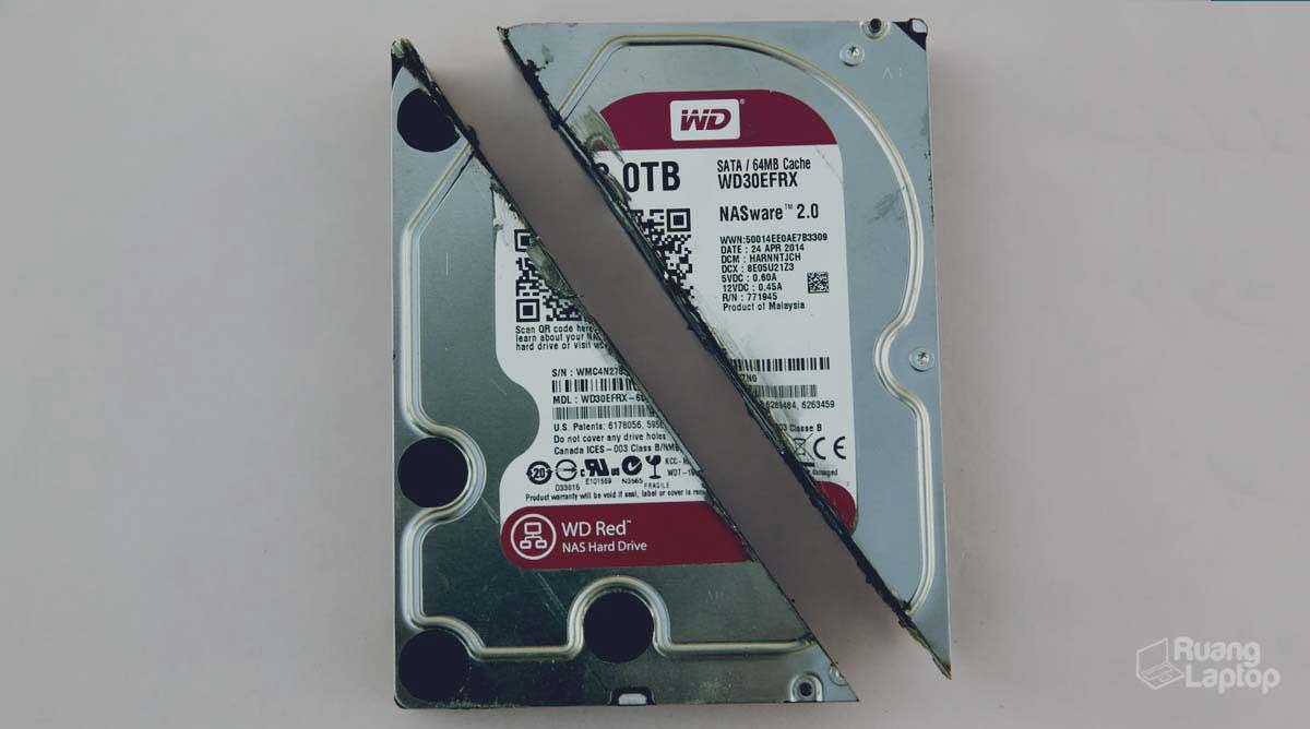 Hard disk terbelah