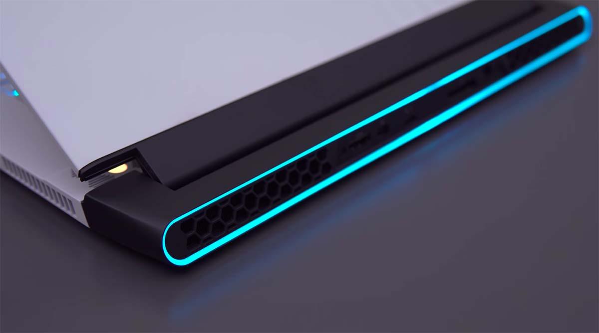 alienware m15 r3 desain