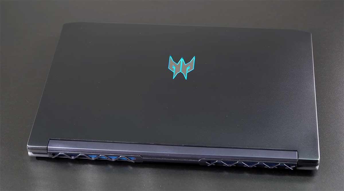 Acer-Predator-Triton-500-(2020)-bodi
