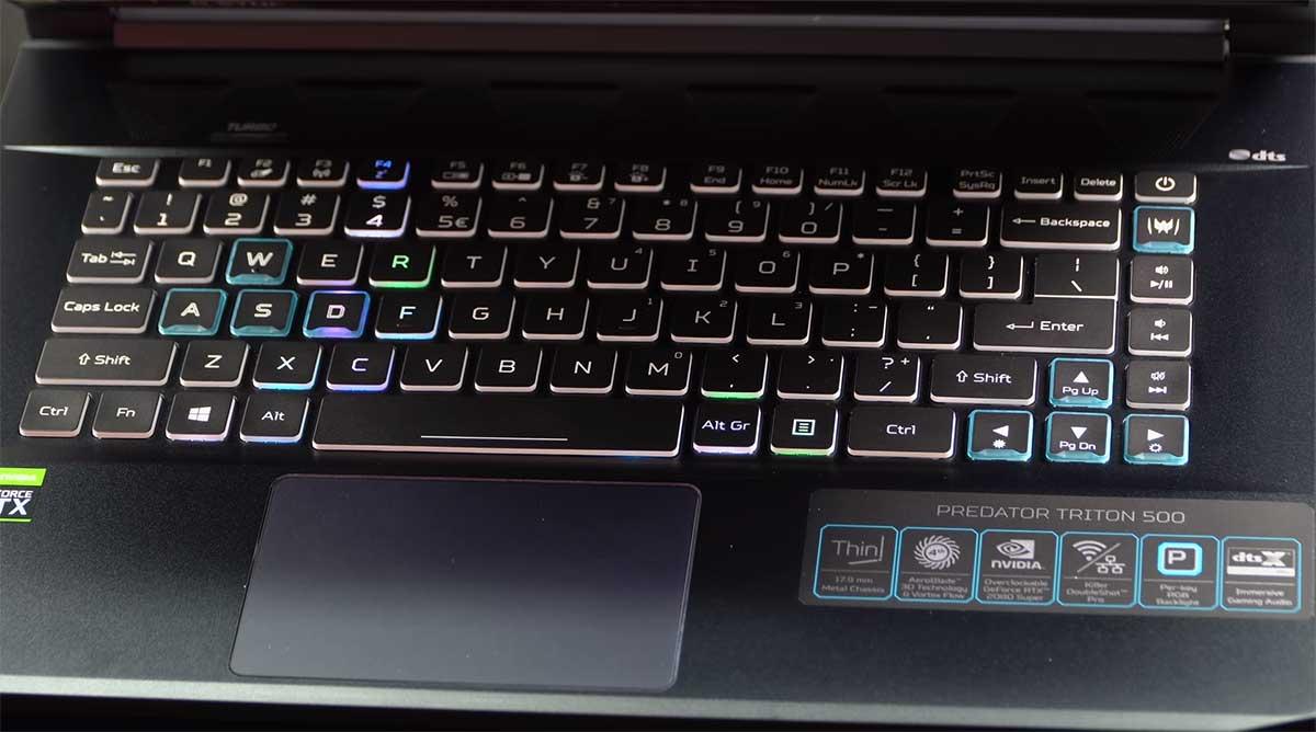 Acer-Predator-Triton-500-(2020)-keyboard
